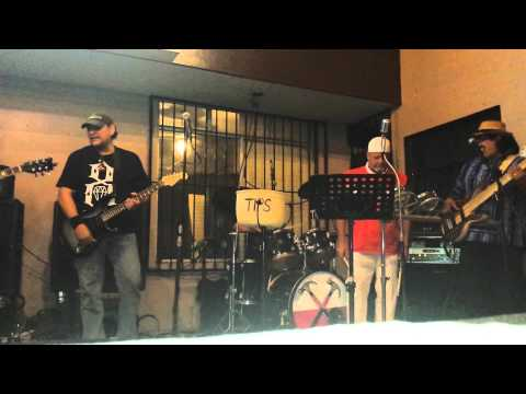 Sam jaming with zaz in mazatlan