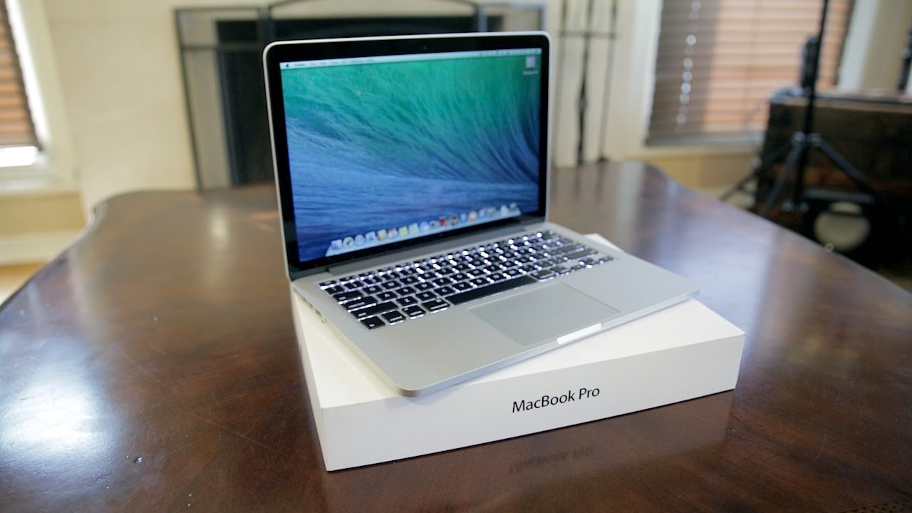 apple 13 macbook pro retina unboxing demo late 2013. Black Bedroom Furniture Sets. Home Design Ideas