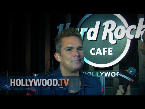 Mark McGrath at Hard Rock Cafe - Hollywood.TV