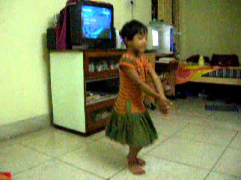 ankita Mandaldance on patal rail bengali song.mpg