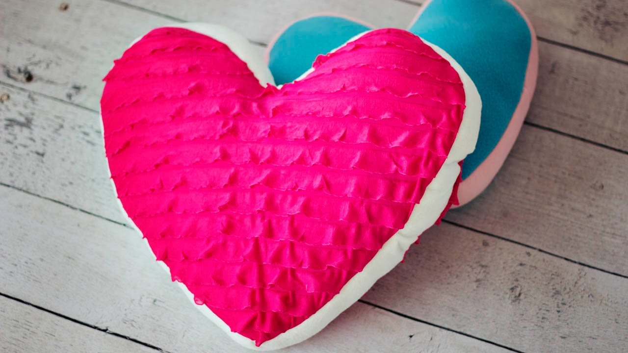 How To Make A Heart Pillow Youtube