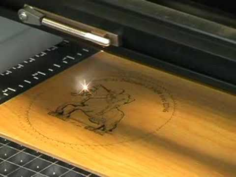 Gravure Laser Co2 De Bois Avec Laser Zing Youtube