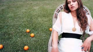 Watch Fiona Apple Please Please Please video