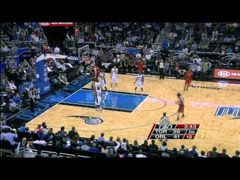 Andrea Bargnani with the Fake and Slam
