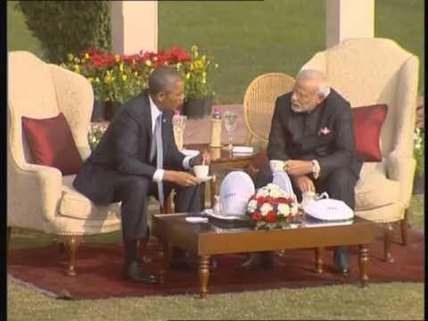 Narendra Modi and Barack Obama take a stroll at Hyderabad House lawn in Delhi