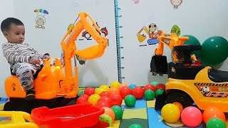 BÓC HỘP ĐỒ CHƠI MÁY XÚC SIÊU KHỦNG CÓ ĐIỀU KHIỂN _ Toy excavator _