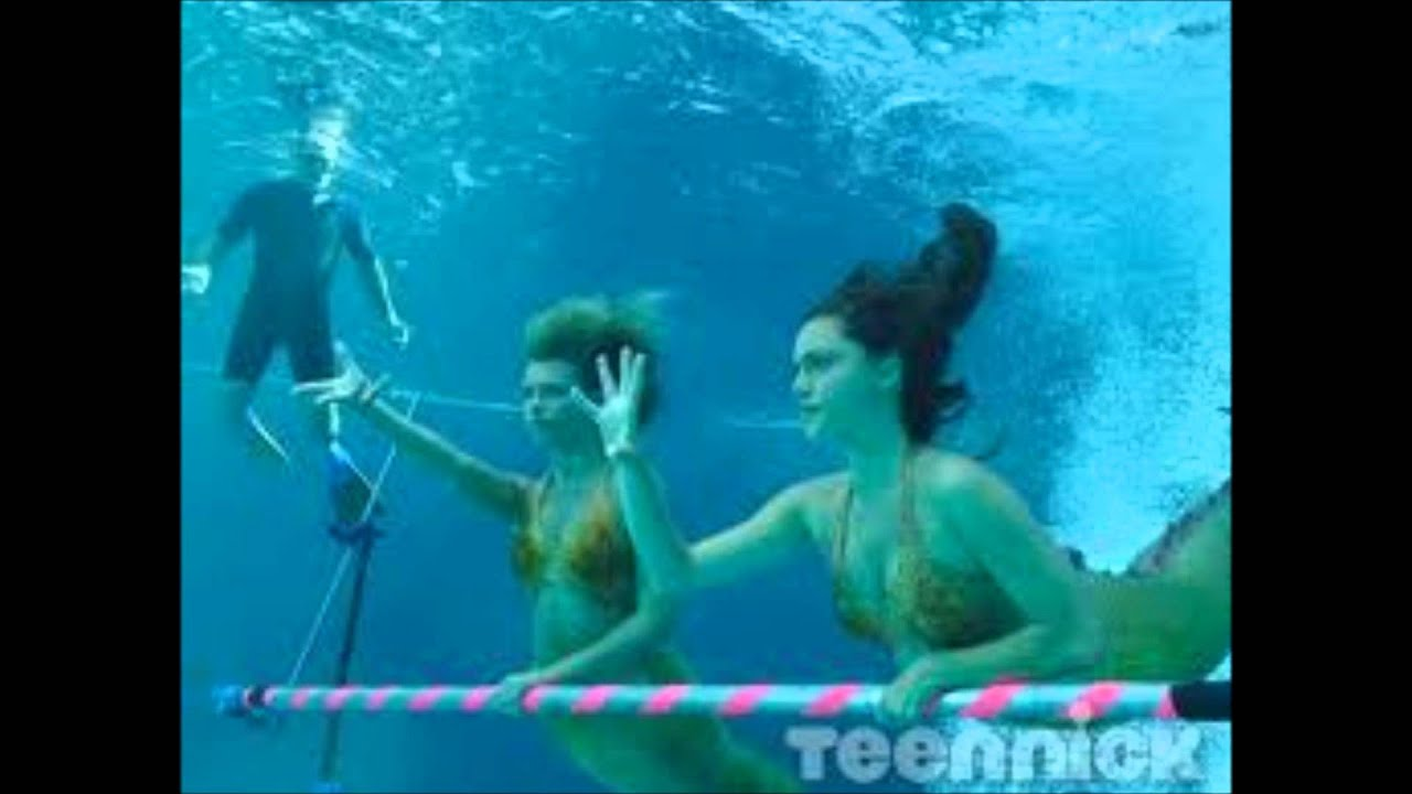 h20 just add water behind the  H2o Just Add Water Mermaids Swimming