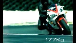 1998 Yamaha YZF-R1 (30 sec)