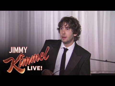 josh-groban-sings-kanye-west-tweets.html