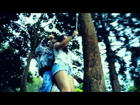 DCM - Ella Me Atrae