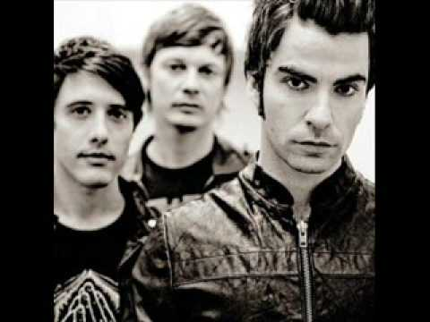 Stereophonics - Just Looking (No video just picture and song)
