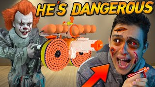 DONT HAVE A NERF WAR WITH PENNYWISE (CRAZY BATTLE)