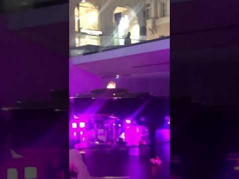 Download  Ultimo Apple  live QUANDO FUORI PIOVE Gratis, download lagu terbaru