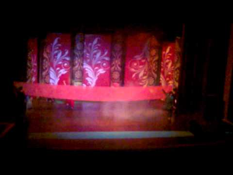 halchal hui by avanti stage play.mp4