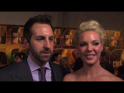 Josh Kelley & Katherine Heigl - Favorite Christmas Gifts