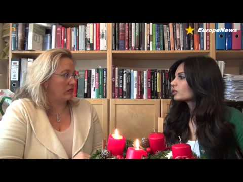 EuropeNews | Interview mit Sabatina James und Elisabeth Sabaditsch-Wolff | 11.12.2012