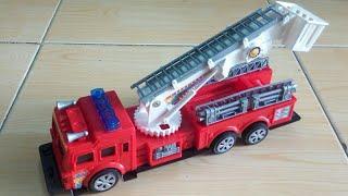 Mainan Mobil Pemadam Kebakaran ~ Car Toy ~ Fire Truck Toy