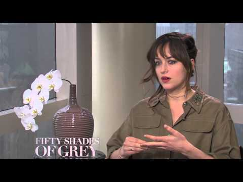 Fifty Shades of Grey: Dakota Johnson Official Interview