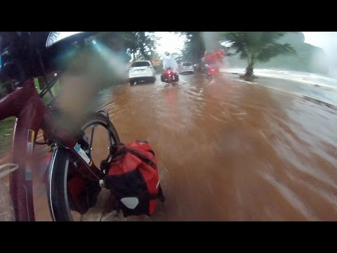 Radfahren durch die Regenzeit Thailands mit Yvonne und Iwan