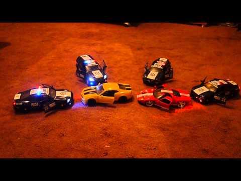 patrullas policia federal a escala con luz y sonido