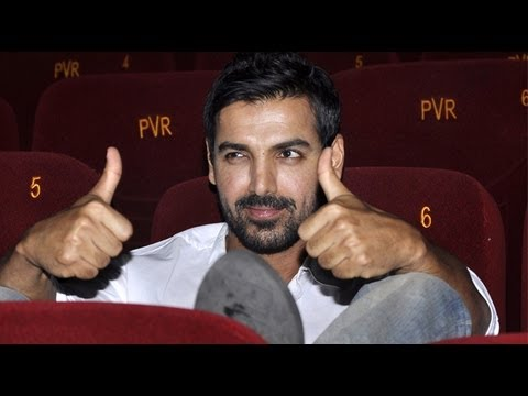 Watch PHOTOPLAY! John Hosts Special Screening For 'Shootout At Wadala'