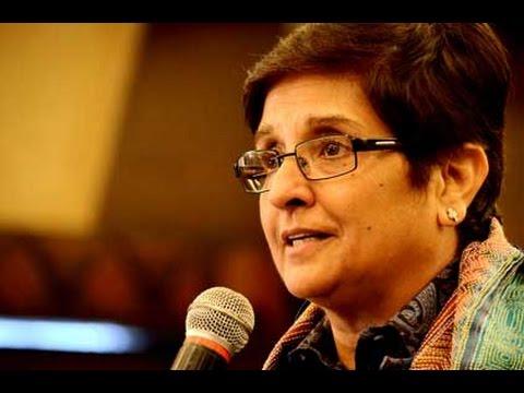 Kiran Bedi accepts Arvind Kejriwal's challenge