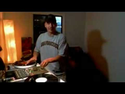 Mixmaster Mike Scratching