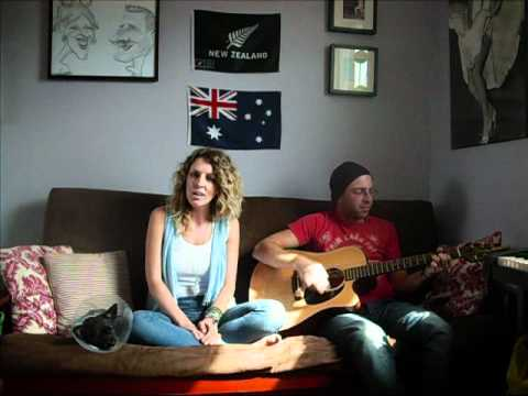 ET- Katy Perry- Acoustic Cover by Lynzie Kent and Rich G