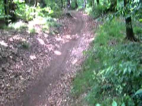 EDOSK Macaristan da Dağ Bisikleti Yarışında Crosskovacsi İniş 3.MOV