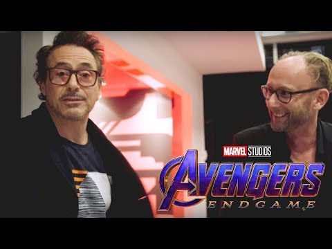 ROBERT DOWNEY JUNIOR DROPS A HUGE SPOILER for AVENGERS 4 END GAME and Iron Man's Fate thumbnail