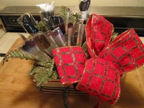 Holiday Brush Bouquet