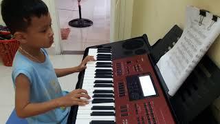 Hong dam dau organ Nguyen Nam 7 tuoi