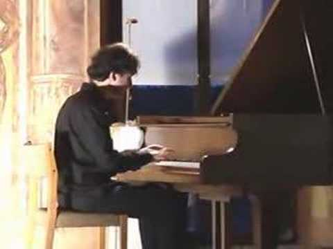 Vadim Chaimovich plays Rachmaninov's prelude op. 32 no.