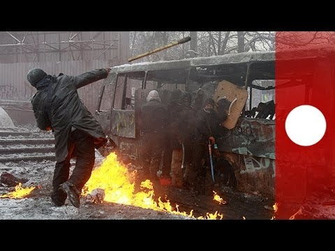 Three dead as riot police clash with anti-govt protesters in Ukraine