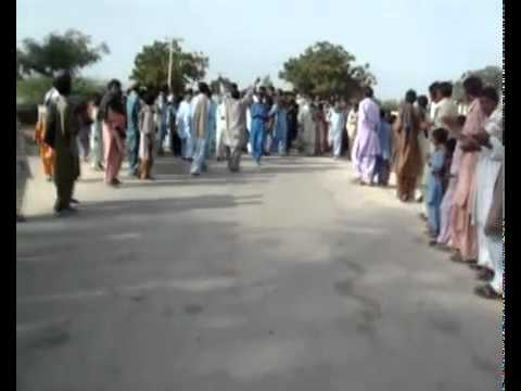 pakistan hindu community  protesting against demolition of temple.flv
