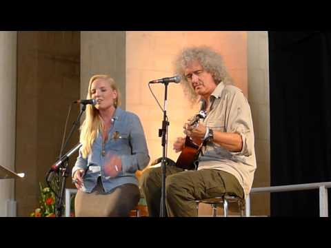 Brian May and Kerry Ellis - I Who Have Nothing - Wildlife Rocks - Guildford - 1 September 2012