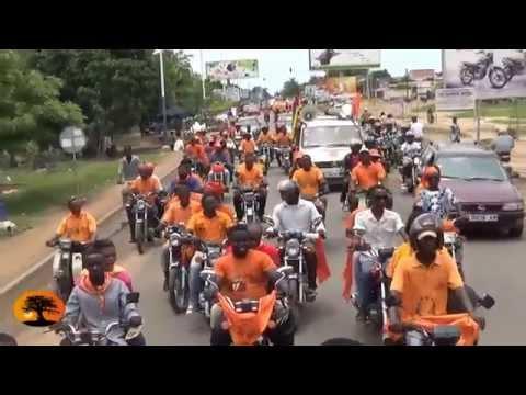 Caravane des militants et sympatisants du CAP2015 dans les rues de Lomé