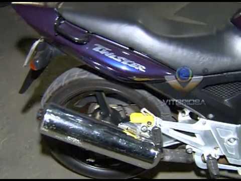 Moto tomada de assalto é recuperada pela polícia