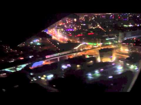 [HD] Dubai night landing Emirates Airlines B777-300ER landing at Dubai intl. Airport.