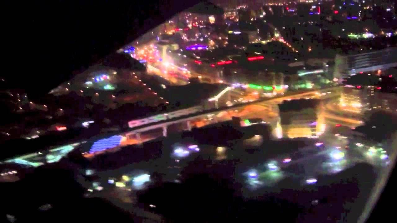 HD Dubai Night Landing Emirates Airlines B777 300ER