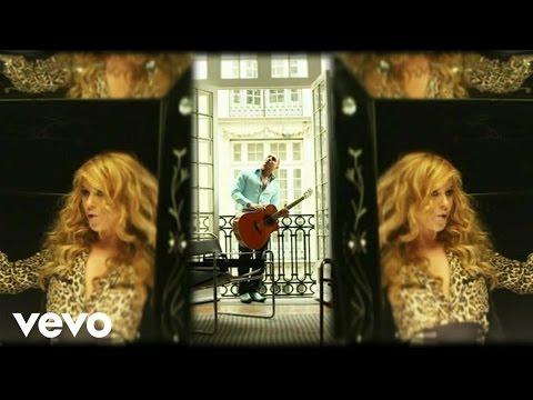 Paulina Rubio - Me Voy ft. Espinoza Paz