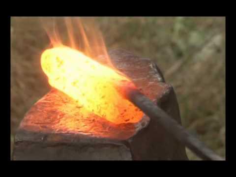 Damaszkolt acél kovácsolás