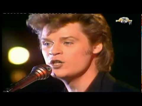 Hall & Oates - I Can't Go For That