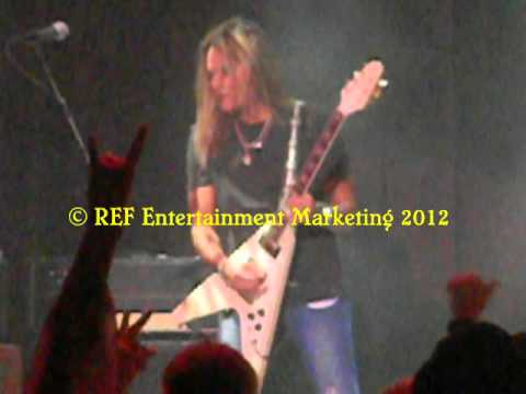 CARLOS CAVAZO Come On Feel The Noise Ending Las Vegas Copyright REF Entertainment Marketing 2012
