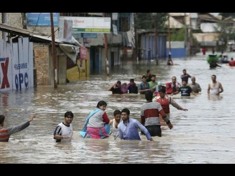 50 died due to heavy rains in Gujarat, flood alert in Kashmir