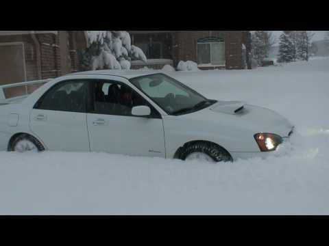 [HD] Subaru Impreza WRX STI 2005 Snow Plow Drifting ICE FUNNY :)