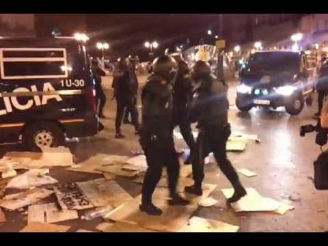 Policía en el centro de Sol, desalojo #12M