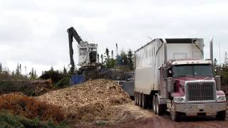 Peterson 5000 Chipper In Action