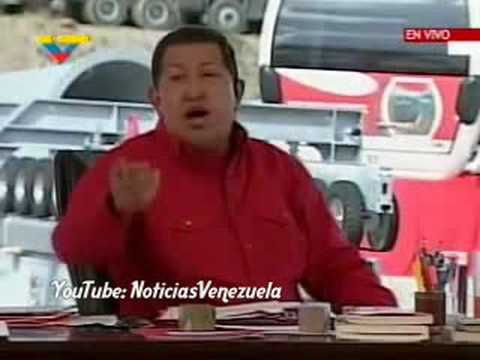Chávez regaña a sus camarógrafos por cobrar horas extras