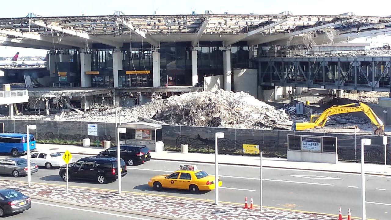 demolition of delta airlines formerly pan am historic